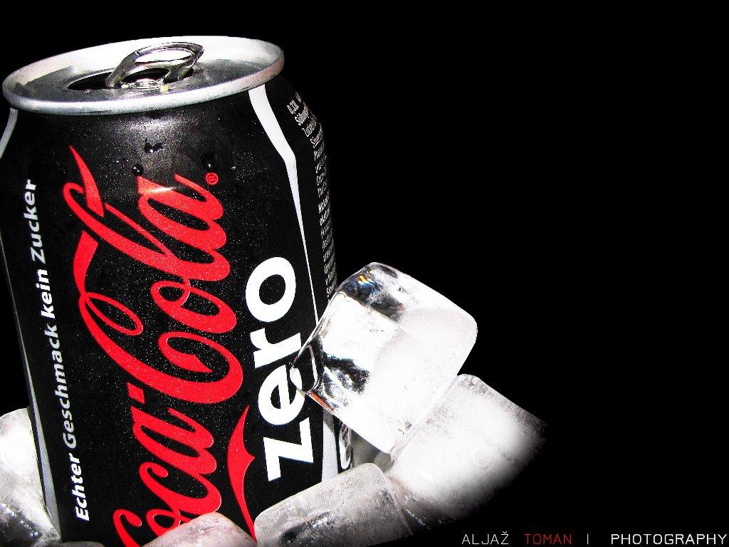 Abstract Wallpaper: Coca-Cola Zero