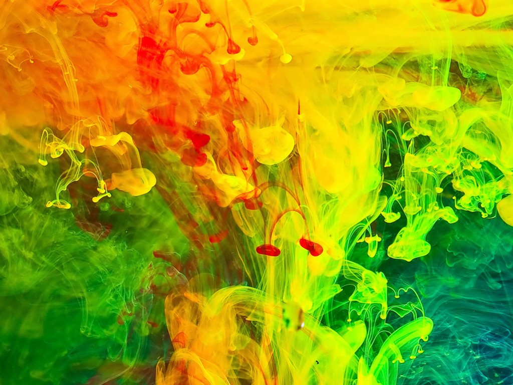 Abstract Wallpaper: Glowing Smoke