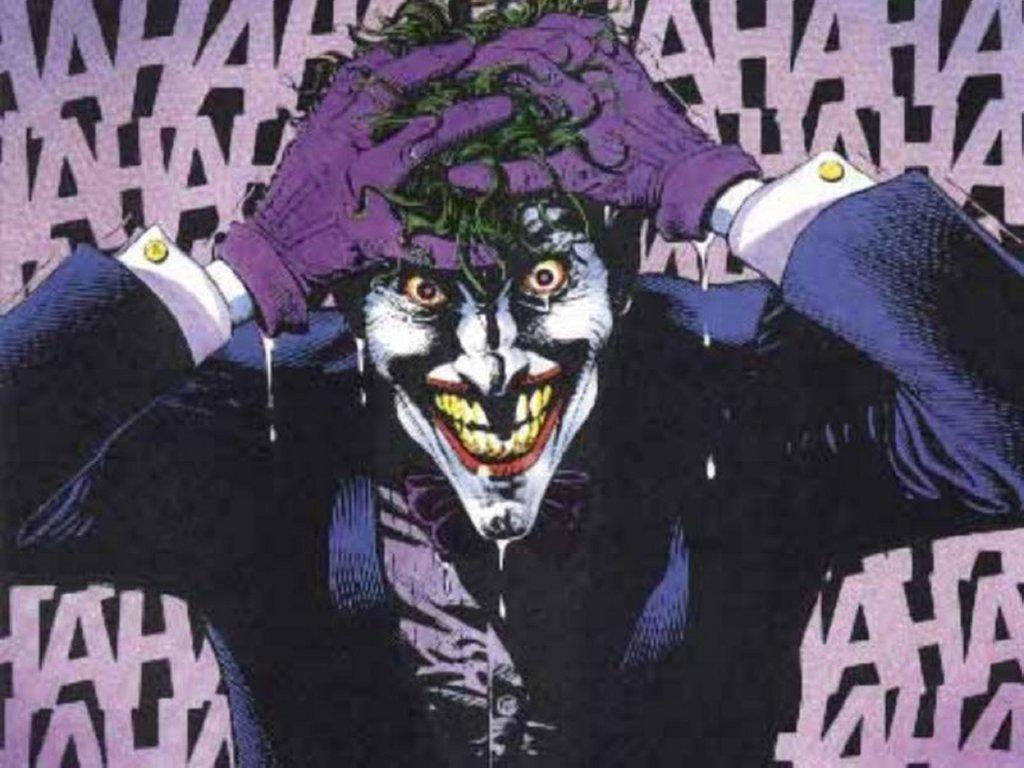 Comics Wallpaper: Joker Laughing