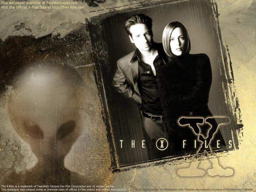 Movies Wallpaper: X-Files - Mulder and Scully