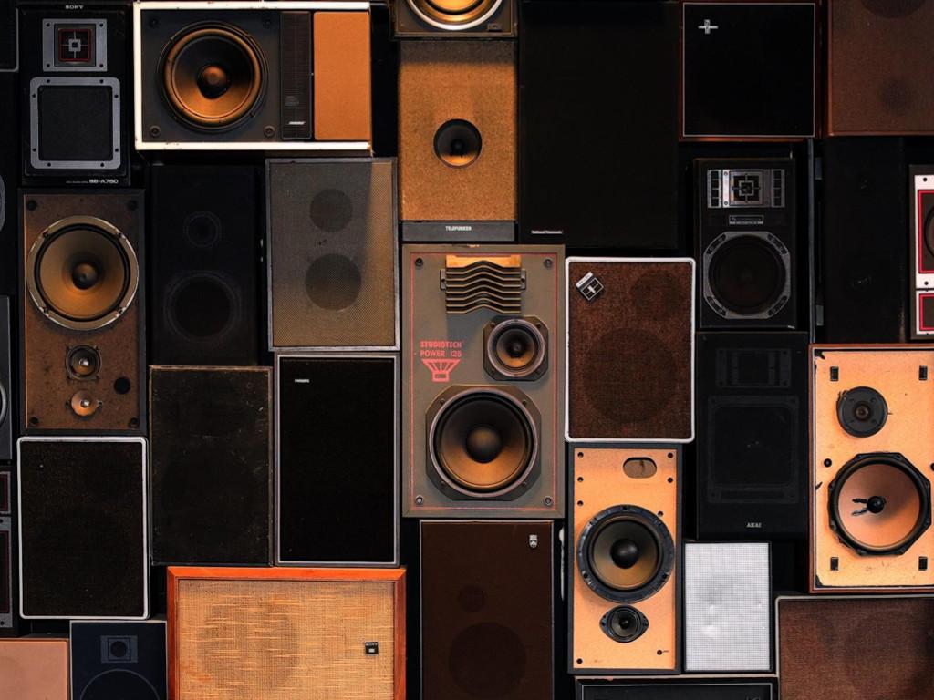Music Wallpaper: Amplifiers