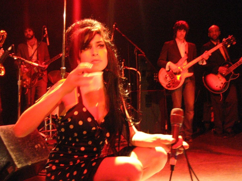Music Wallpaper: Amy Winehouse