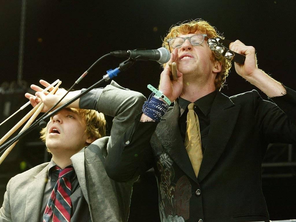 Music Wallpaper: Arcade Fire