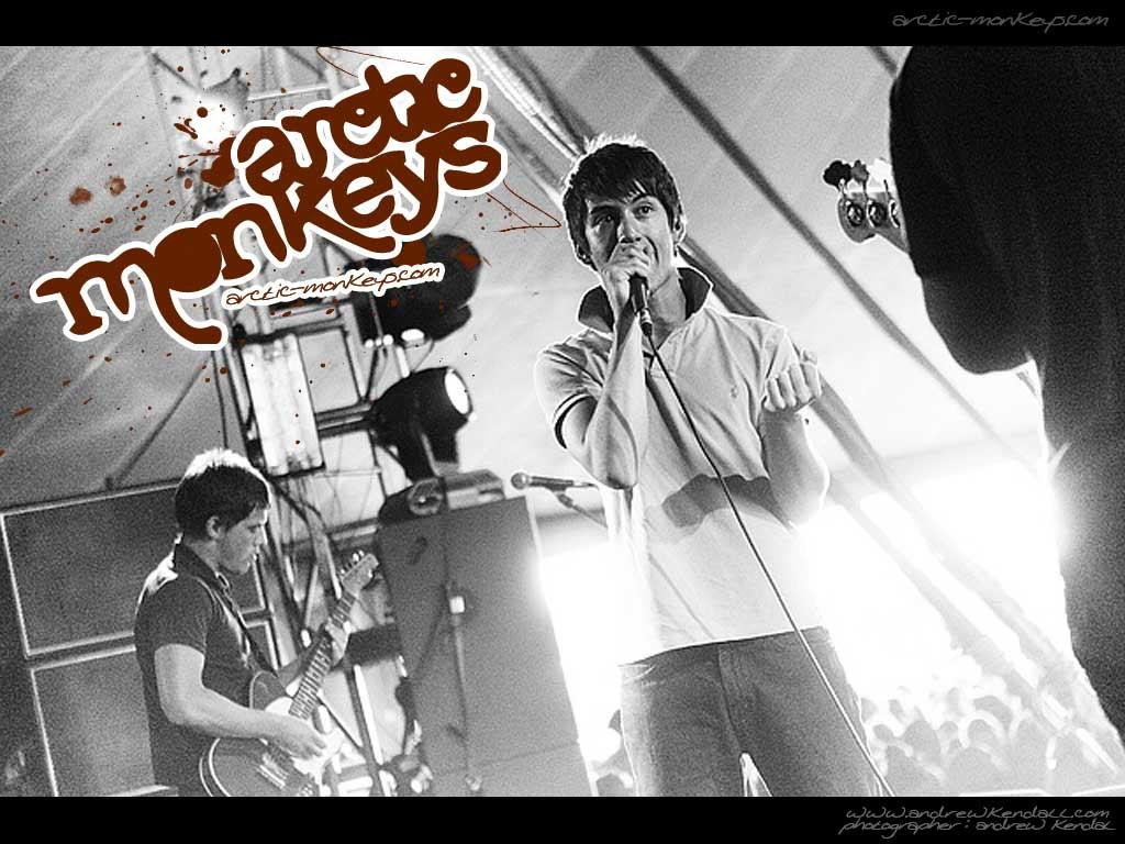 Music Wallpaper: Arctic Monkeys