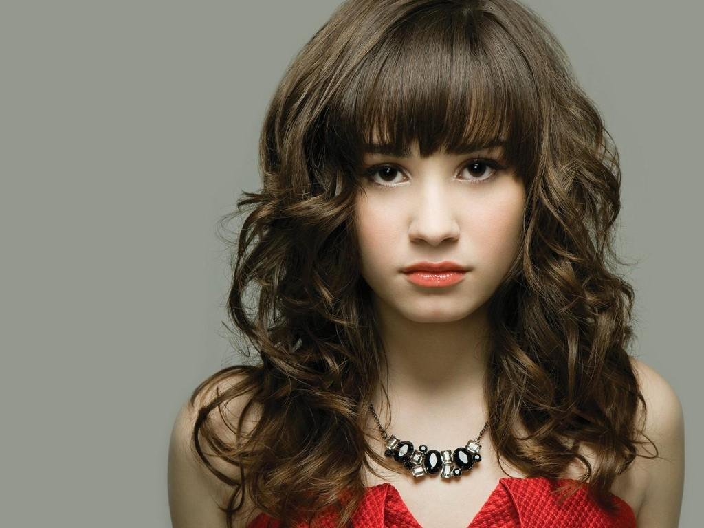 Music Wallpaper: Demi Lovato