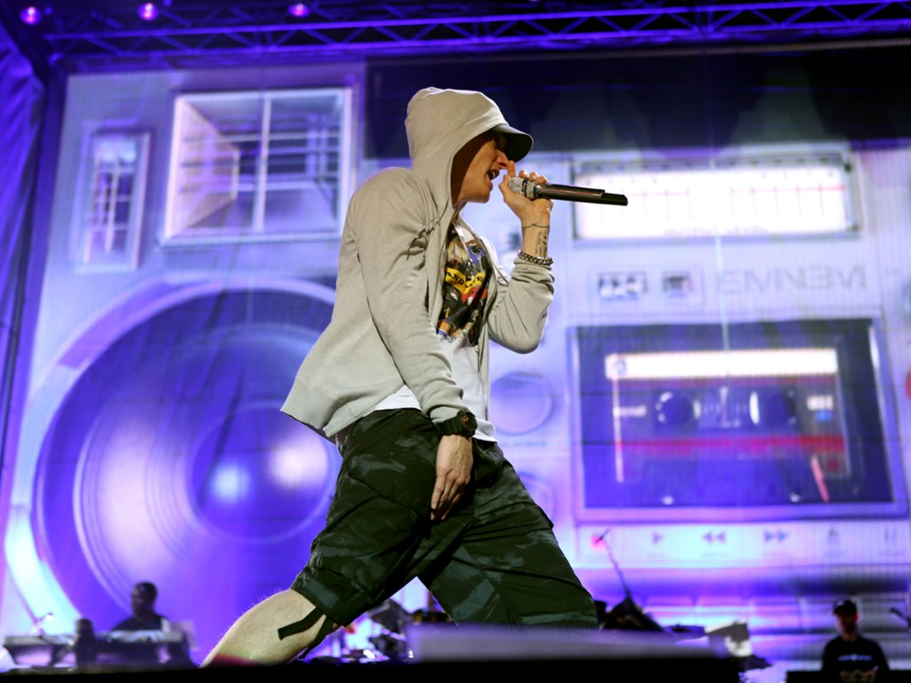 Music Wallpaper: Eminem - Performance