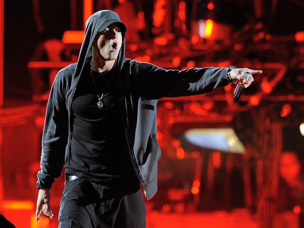 Papel de Parede Gratuito de Música : Eminem - Palco