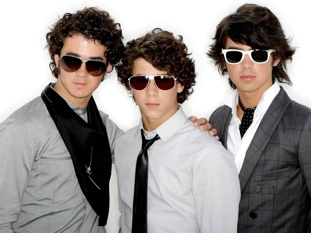 Music Wallpaper: Jonas Brothers