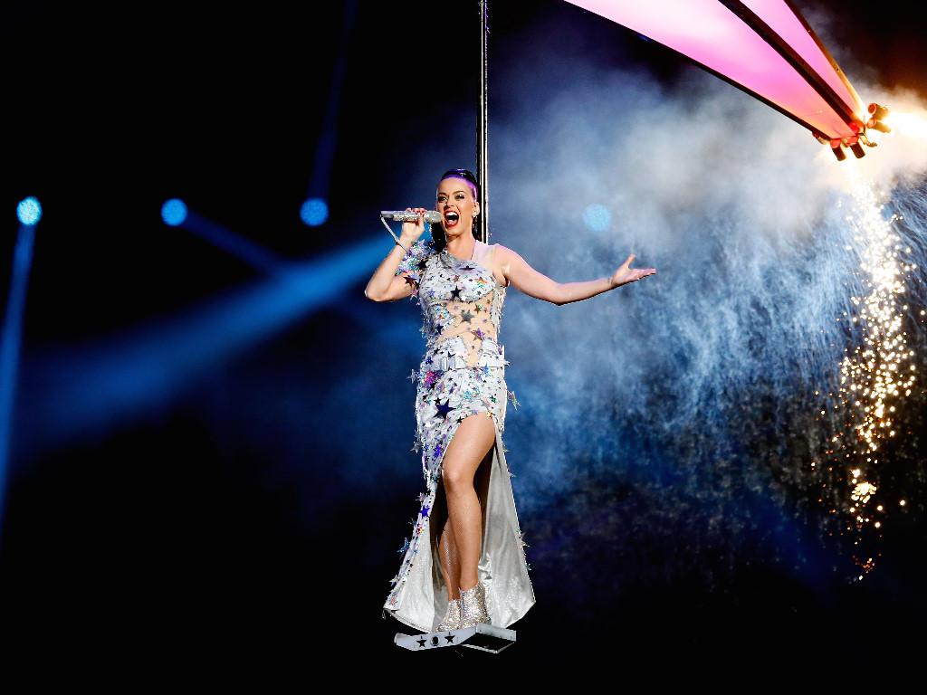 Music Wallpaper: Katy Perry - Super Bowl 2015