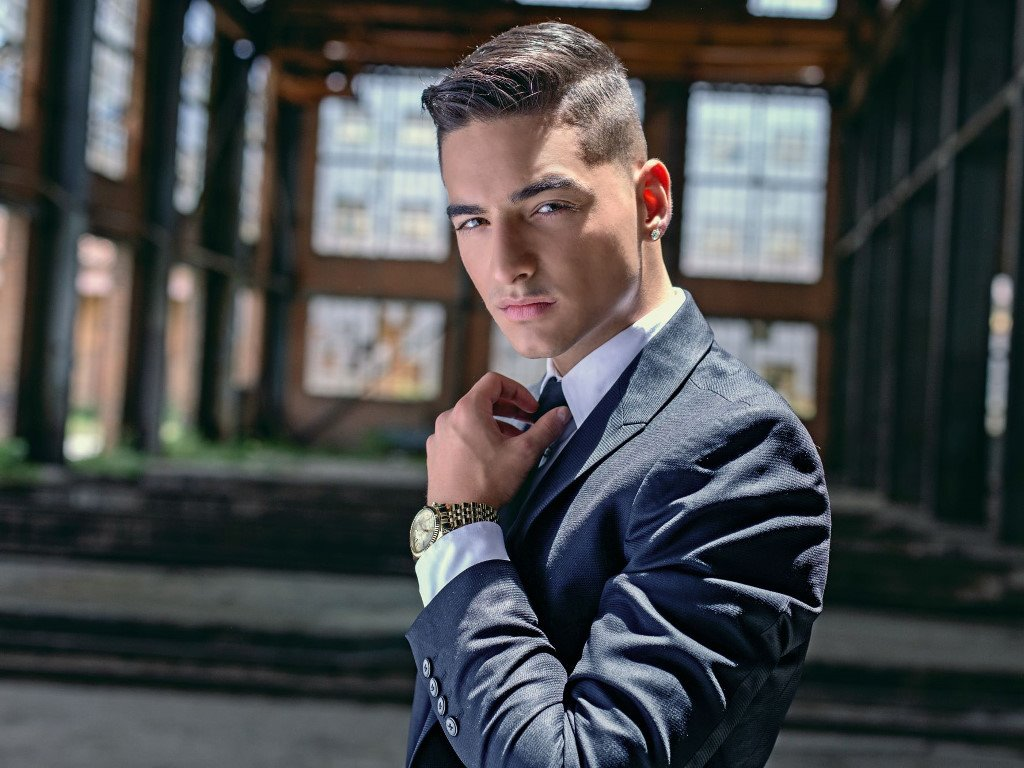 Music Wallpaper: Maluma