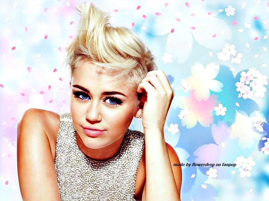Music Wallpaper: Miley Cyrus