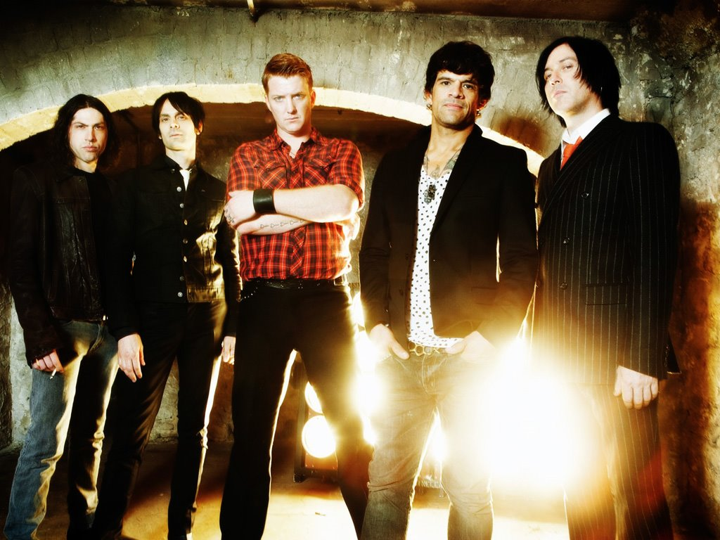 Music Wallpaper: Queens of Stone Age