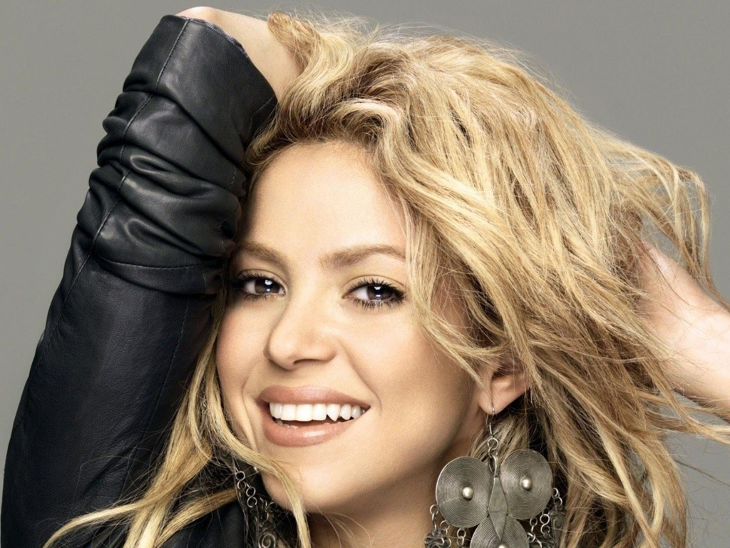 Music Wallpaper: Shakira