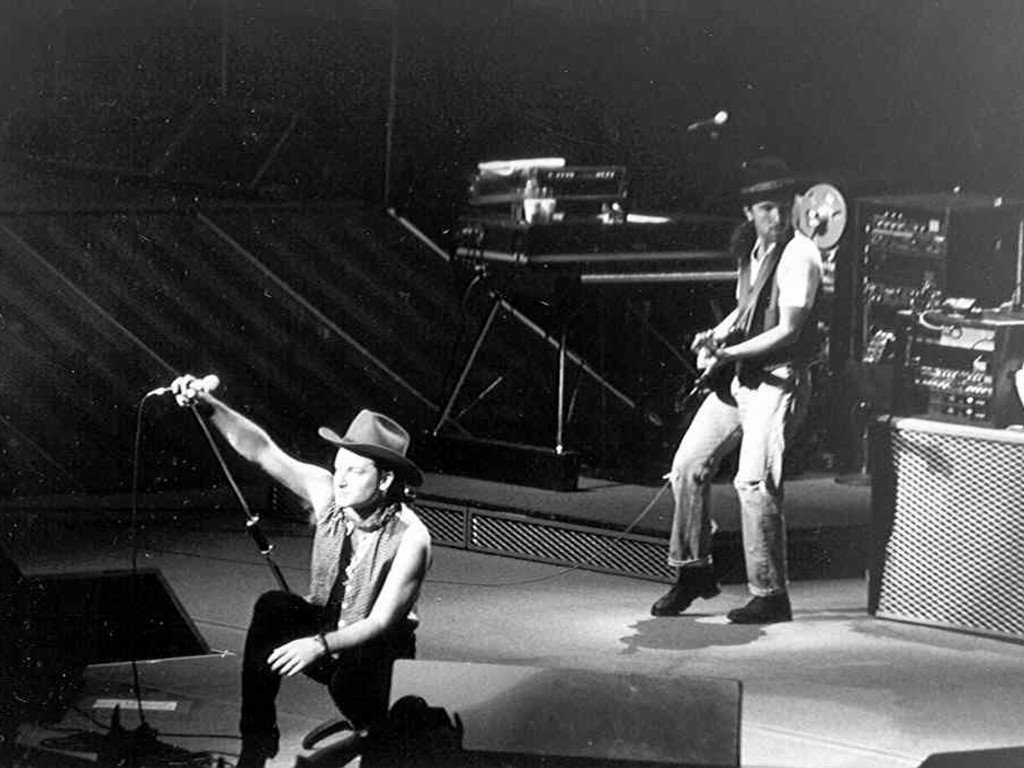 Music Wallpaper: U2 - Belfast 1987