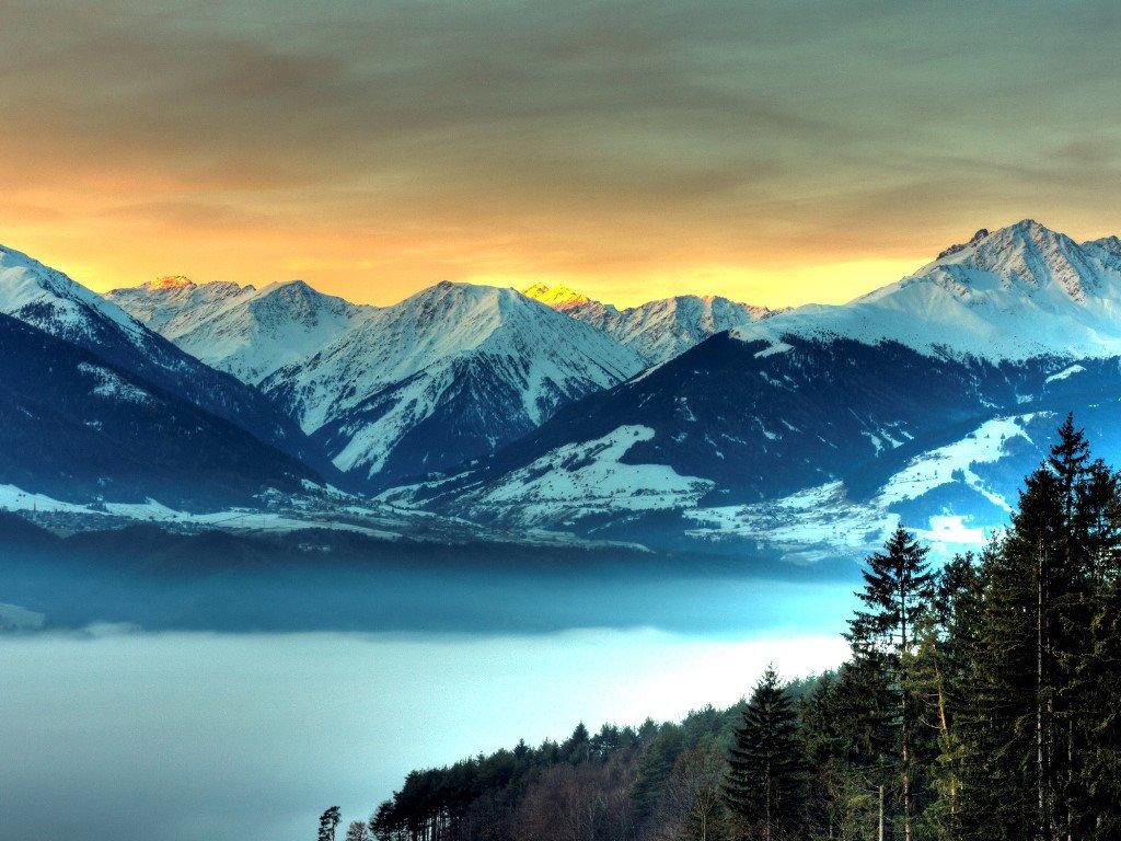 Nature Wallpaper: Blue Mountains