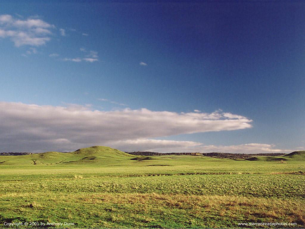 Nature Wallpaper: Cloud Hills