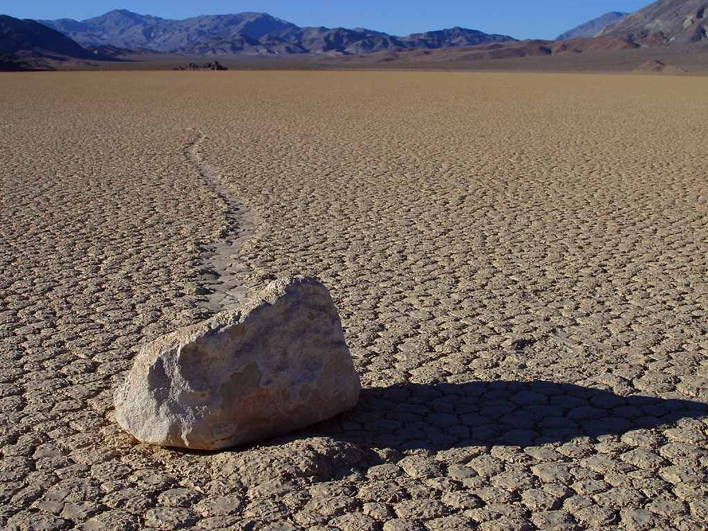 Nature Wallpaper: Death Valley - Rock