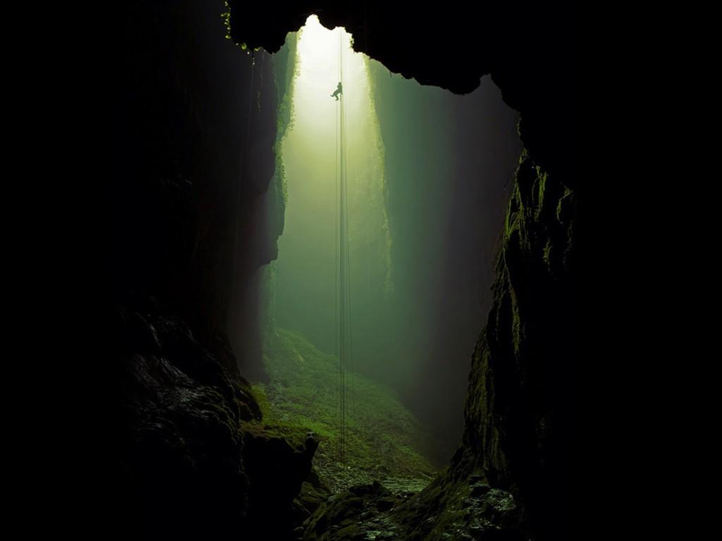 Nature Wallpaper: Deep Cave