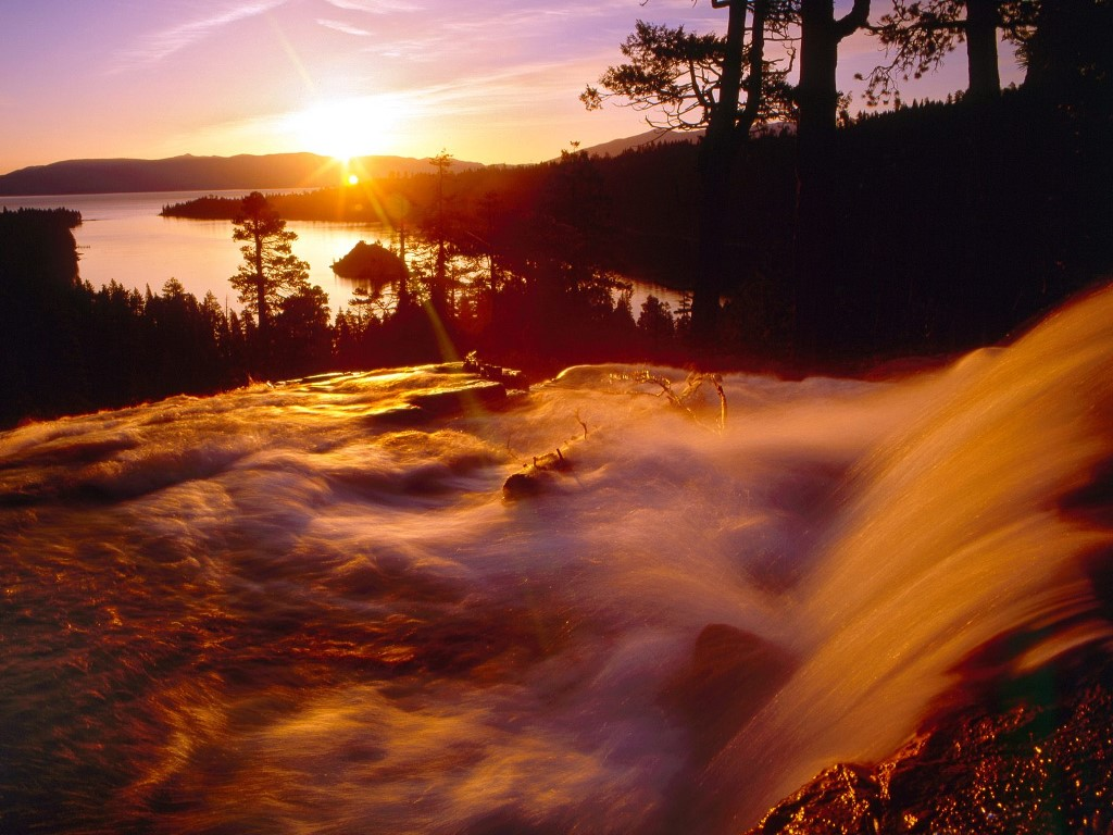 Nature Wallpaper: Eagle Creek and Emerald Bay at Sunrise