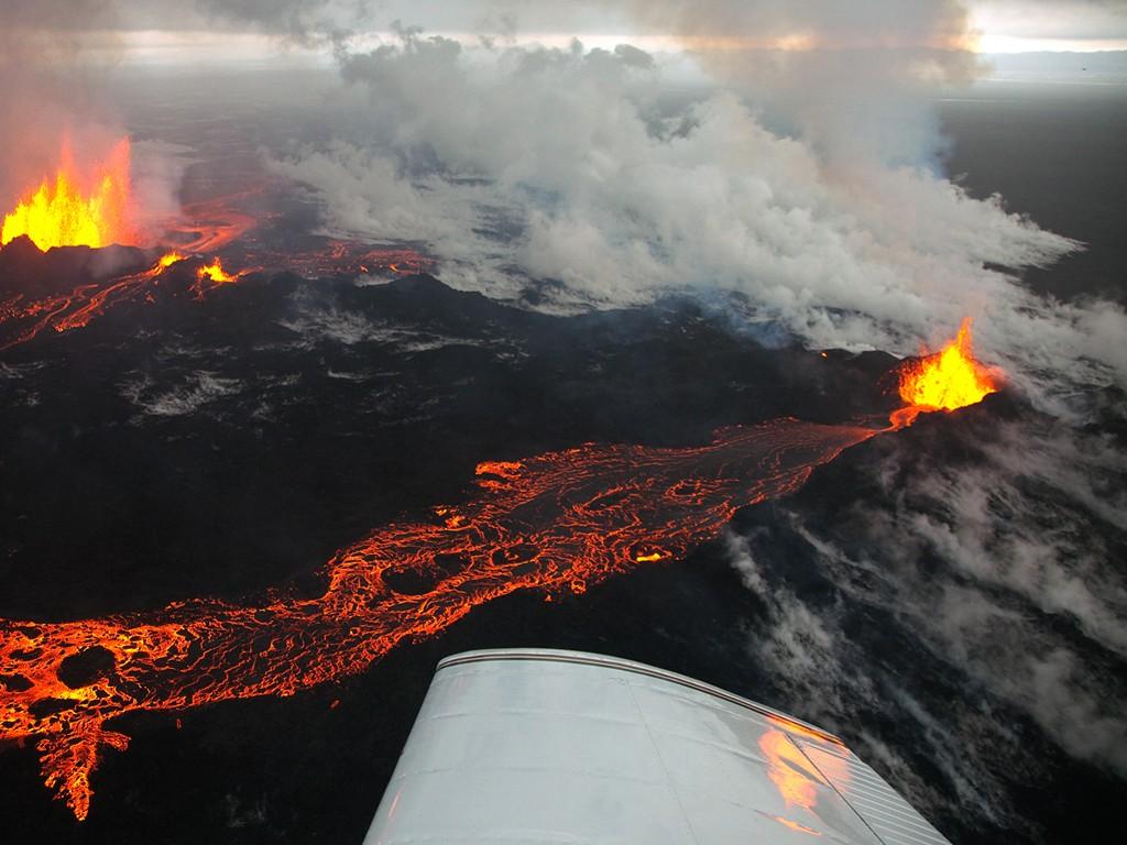 Nature Wallpaper: Holuhraun - Eruption