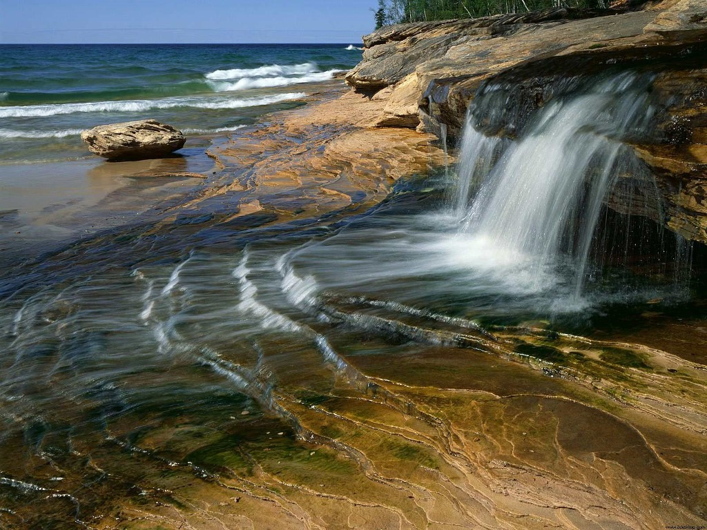 Nature Wallpaper: Lake Superior - Michigan
