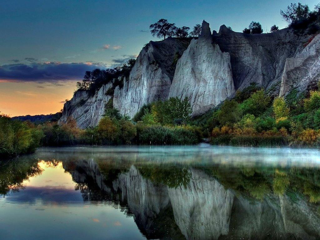 Nature Wallpaper: Placid River