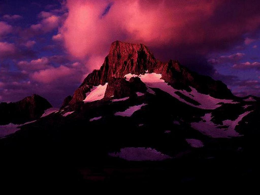 Nature Wallpaper: Snow Mountains