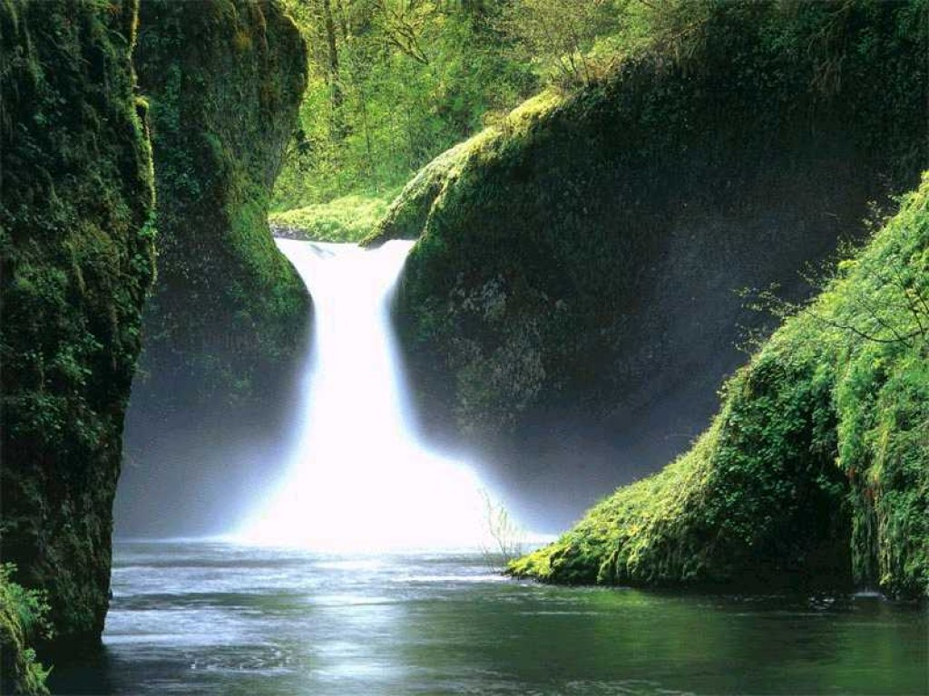 Nature Wallpaper: Waterfall