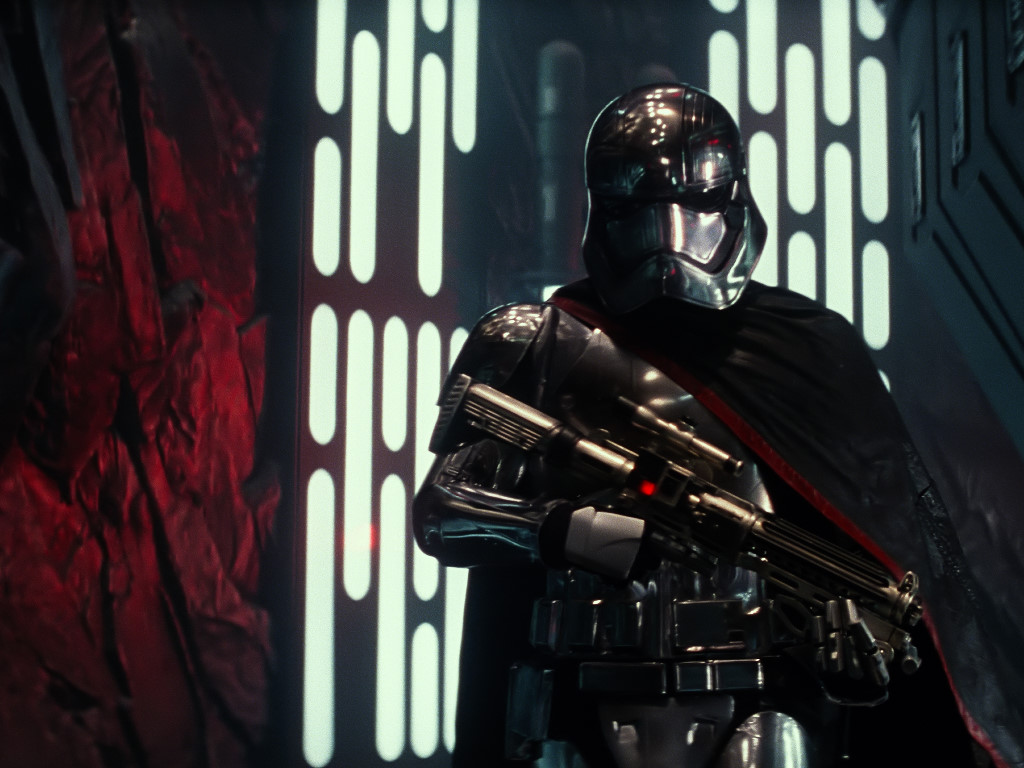 Star Wars Wallpaper: The Force Awakens - Captain Phasma