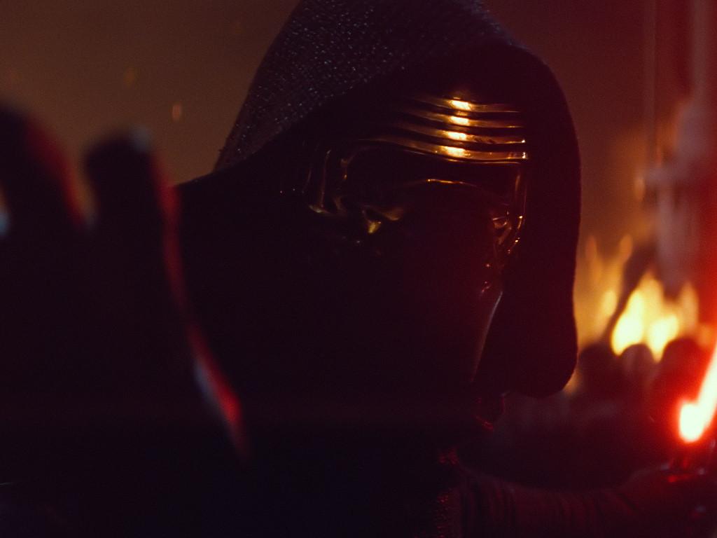Star Wars Wallpaper: The Force Awakens - Kylo Ren