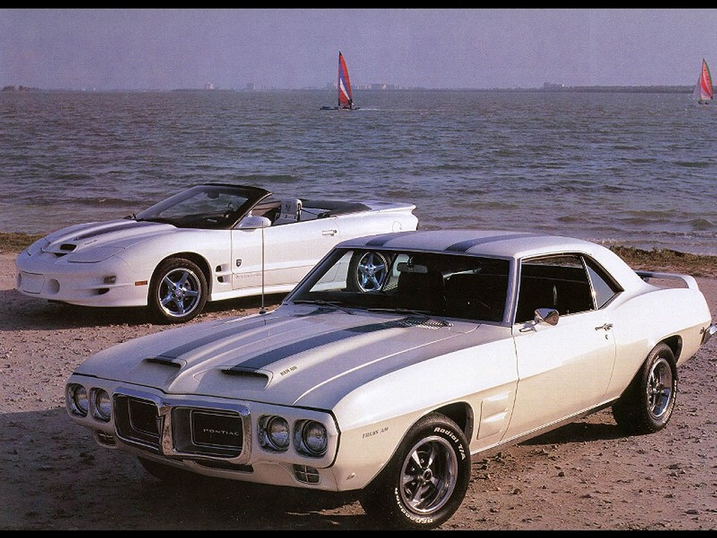 Vehicles Wallpaper: 1969+1999 Pontiac Coupe and Convertible F3Q
