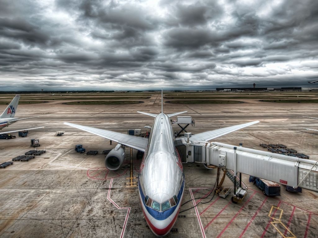 Vehicles Wallpaper: American Airlines