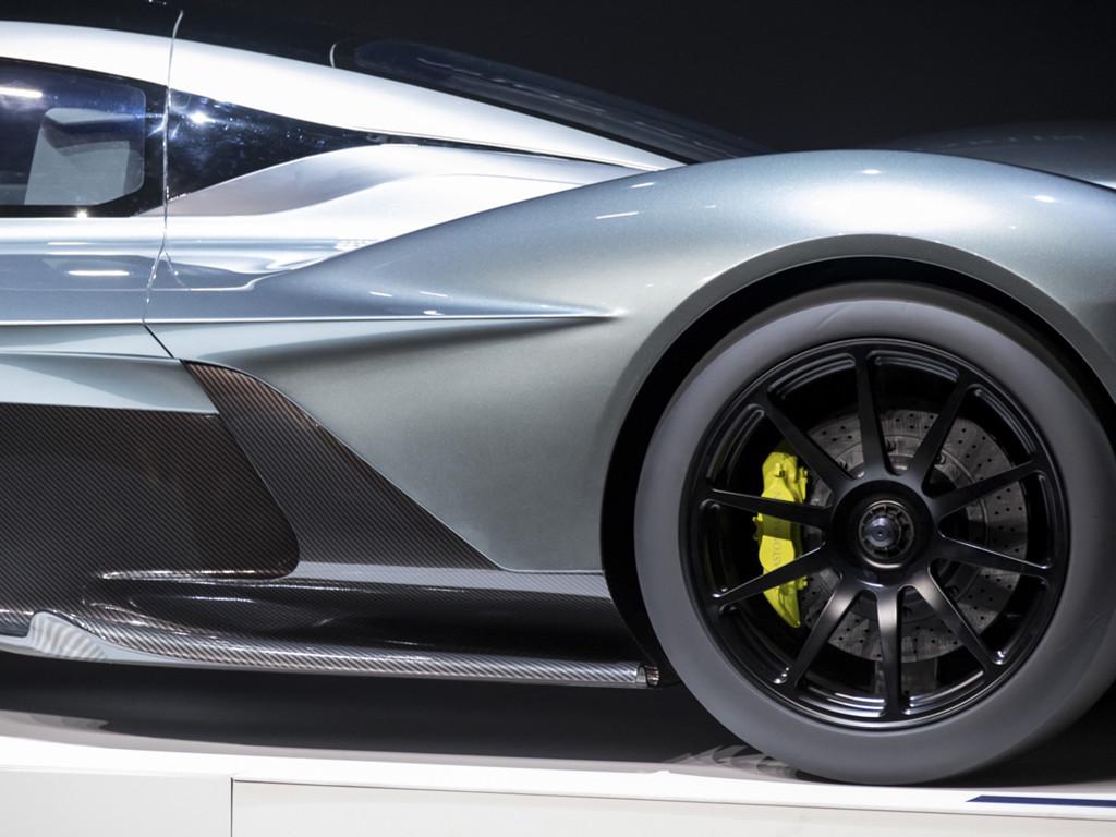 Vehicles Wallpaper: Aston Martin 2017