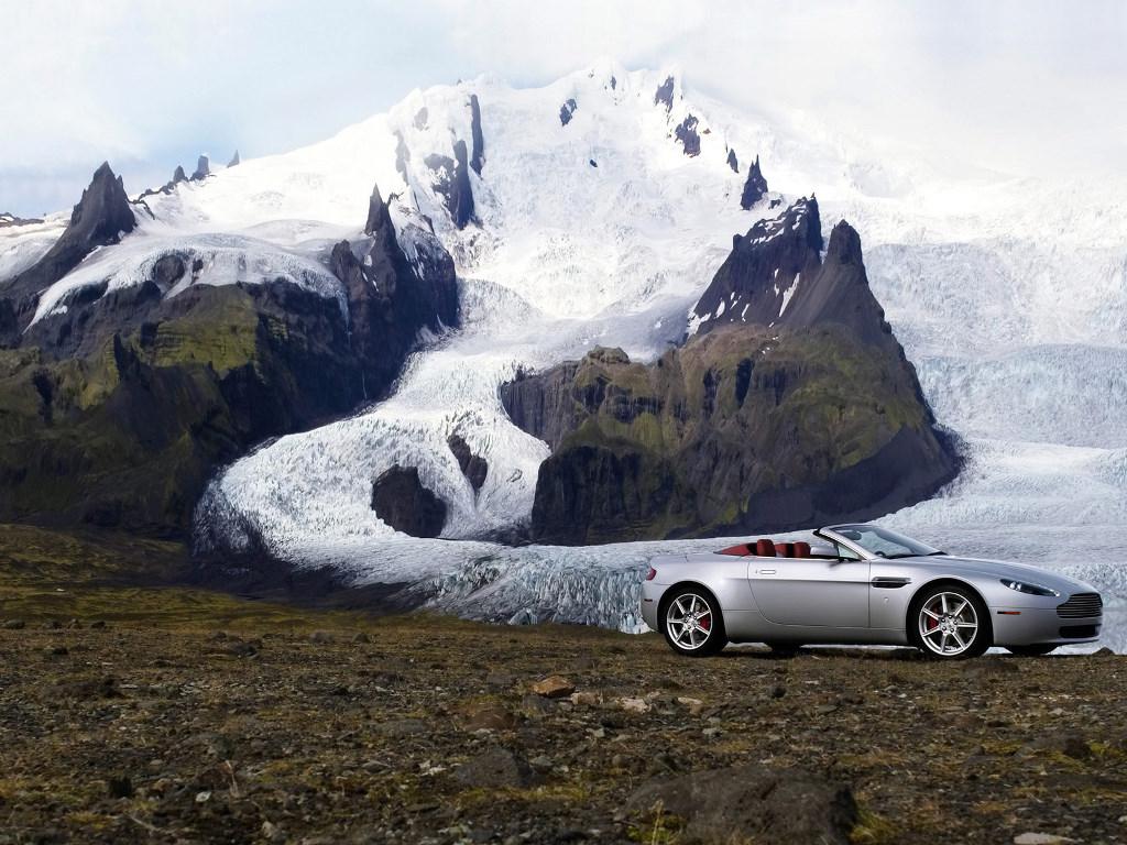 Vehicles Wallpaper: Aston Vantage Roadster