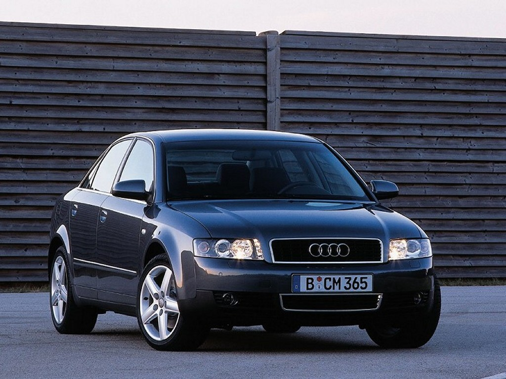 Vehicles Wallpaper: Audi