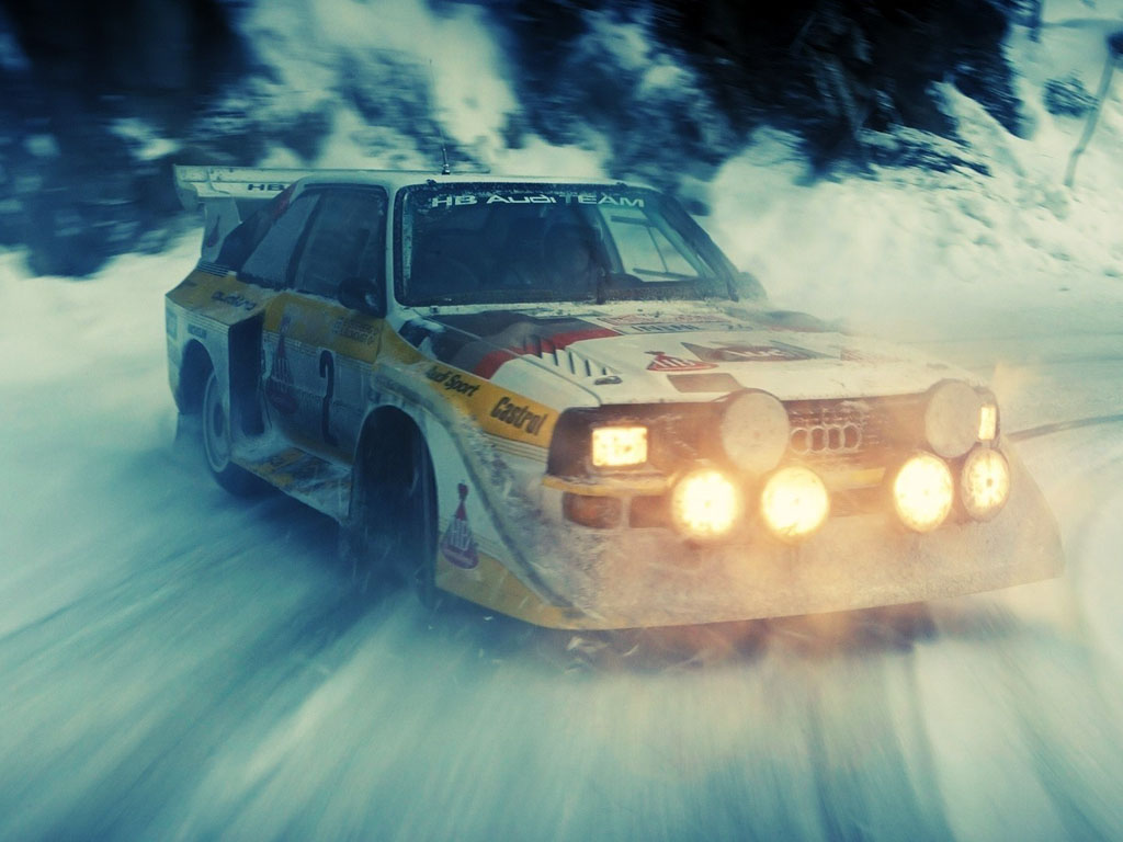 Vehicles Wallpaper: Audi - Snow Drift