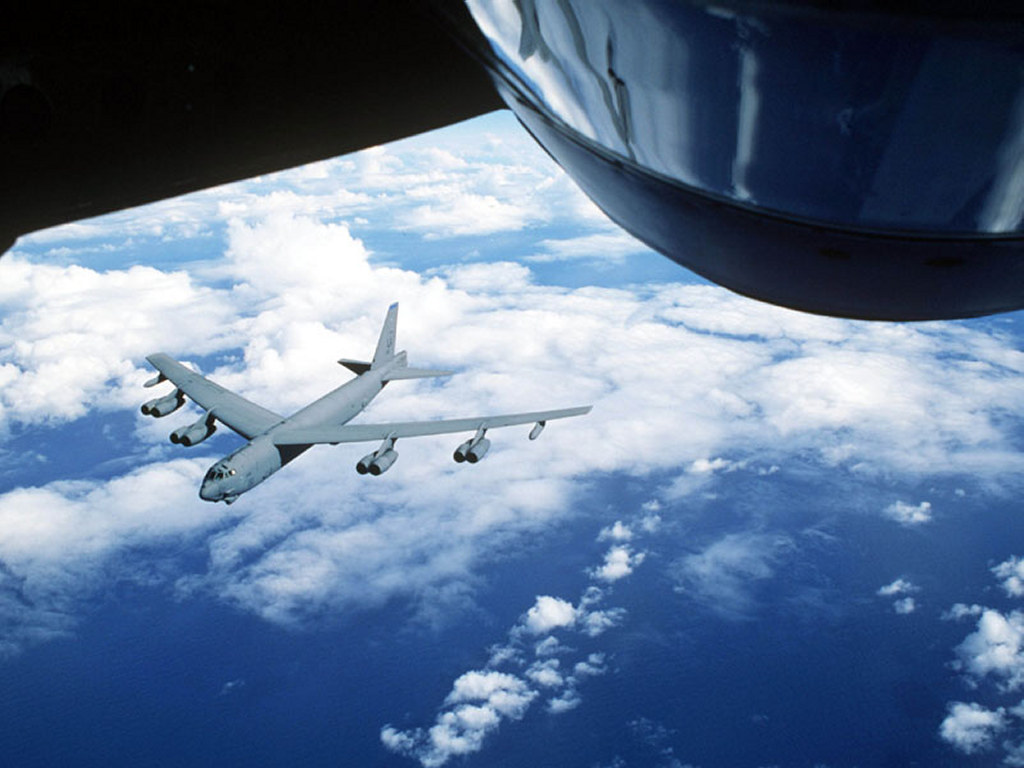 Vehicles Wallpaper: B-52