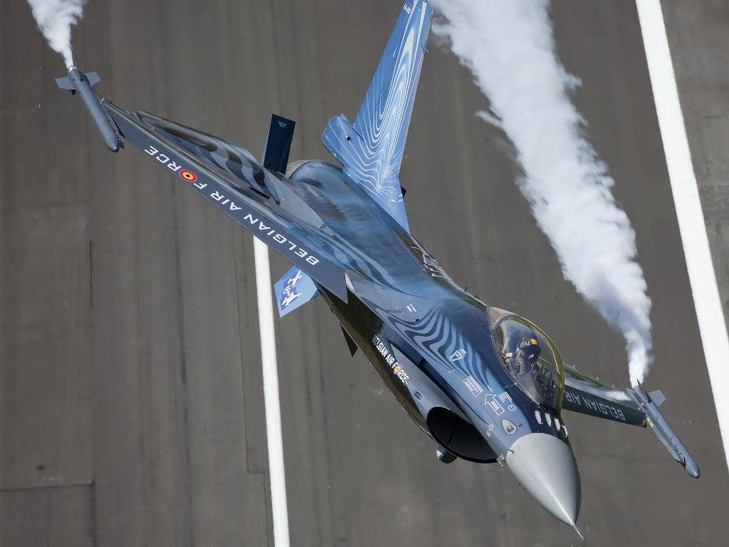 Vehicles Wallpaper: Belgian Air Force