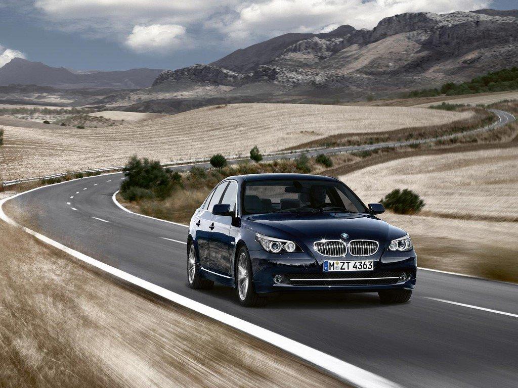 Vehicles Wallpaper: BMW 5 Series Sedan
