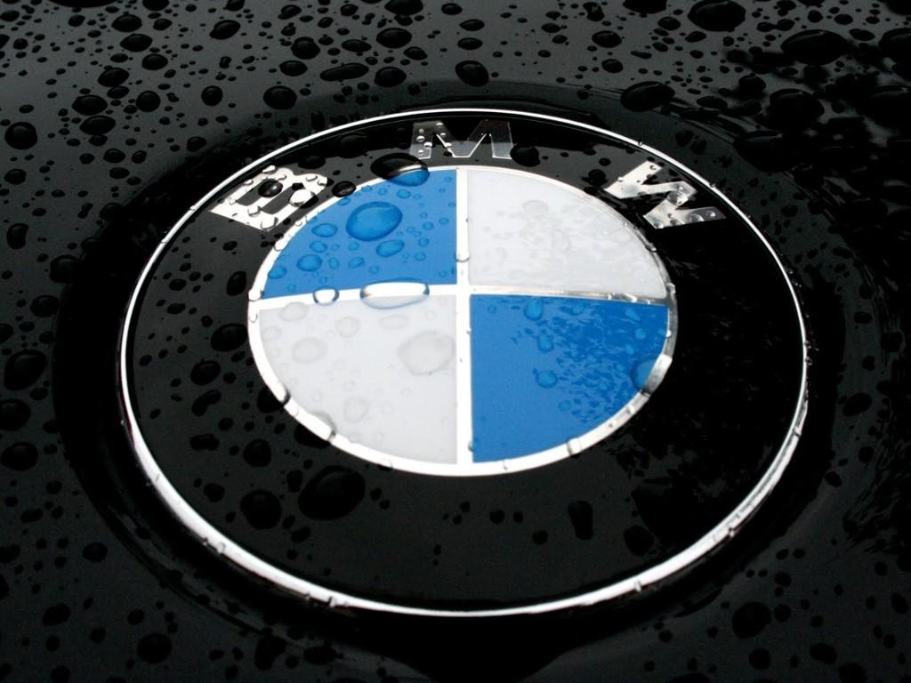 Vehicles Wallpaper: BMW - Badge