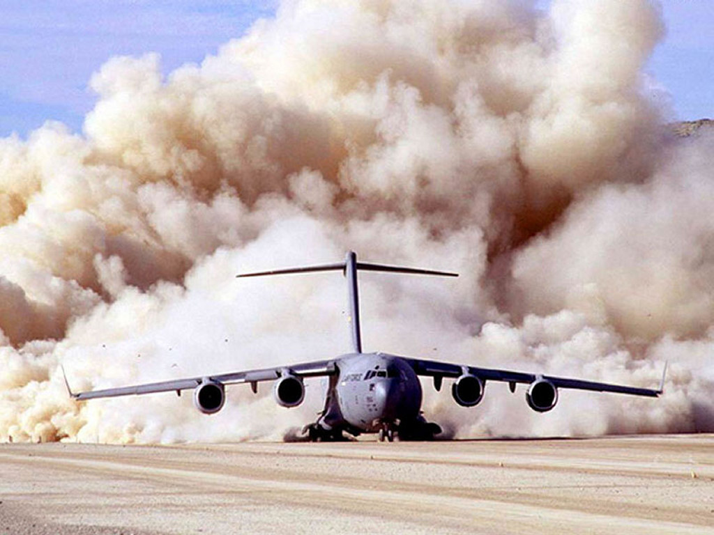 Vehicles Wallpaper: C17 - Globemaster