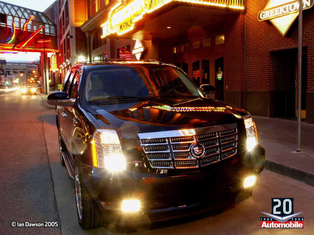 Vehicles Wallpaper: Cadillac Escalade