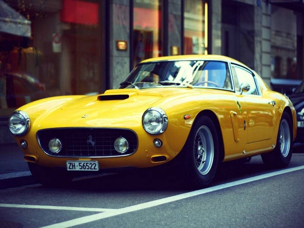 Vehicles Wallpaper: Classic Ferrari