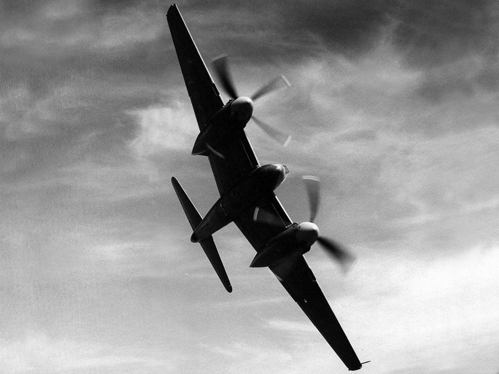 Vehicles Wallpaper: De Havilland Hornet