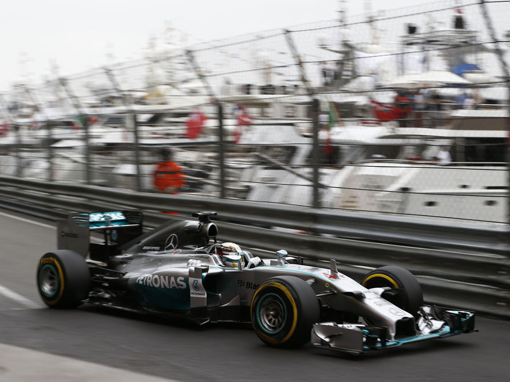 Vehicles Wallpaper: F1 - Mercedes