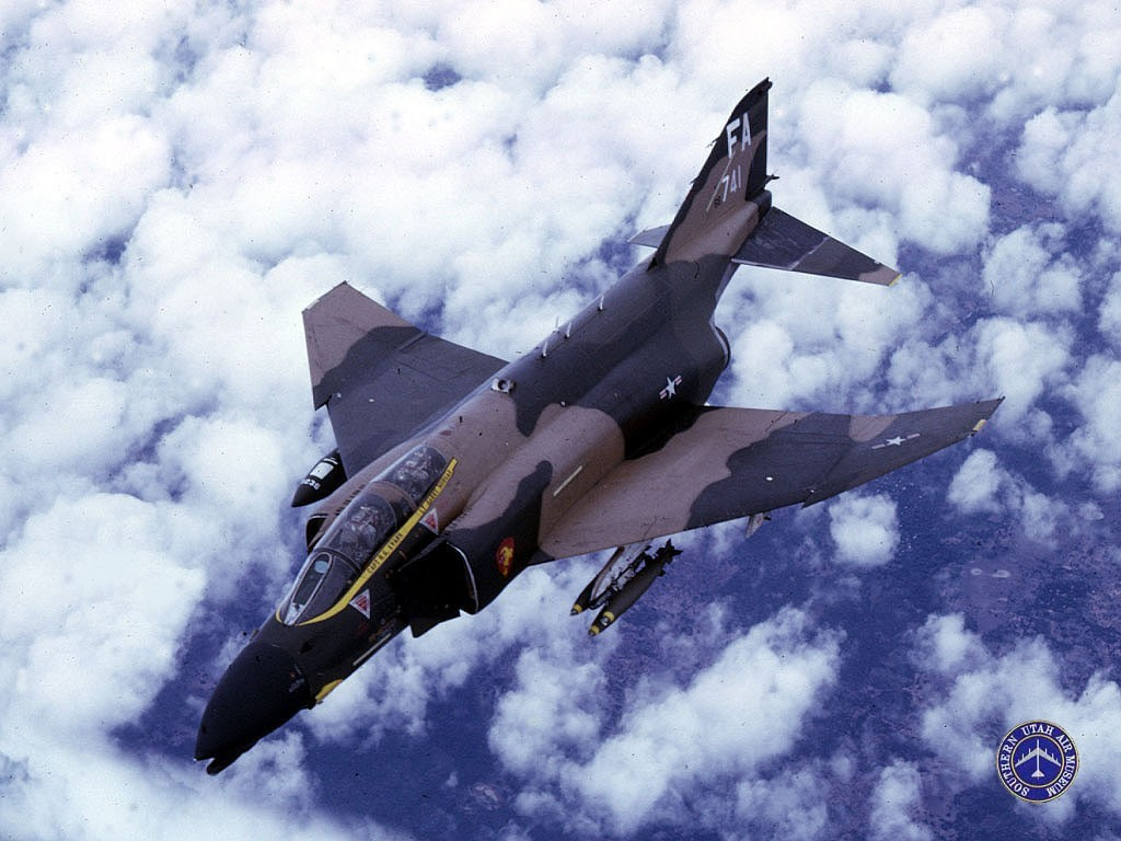 Vehicles Wallpaper: F4 - Phantom