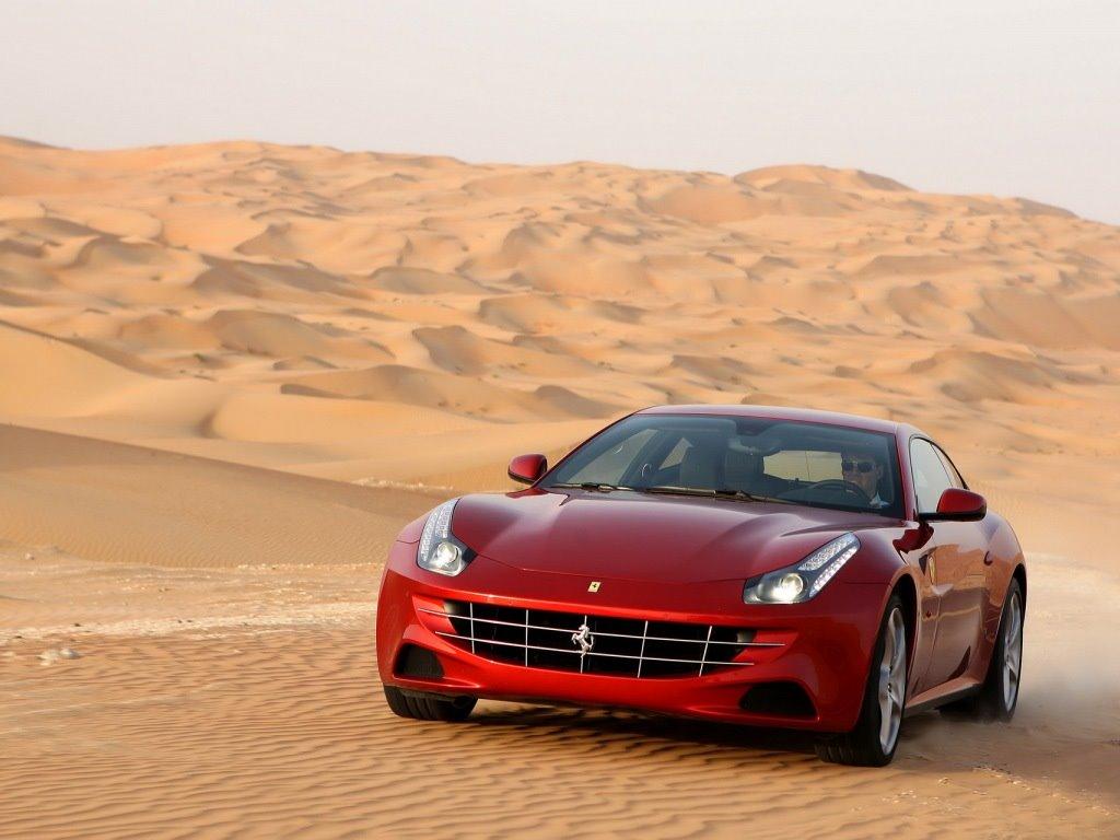Vehicles Wallpaper: Ferrari - Desert