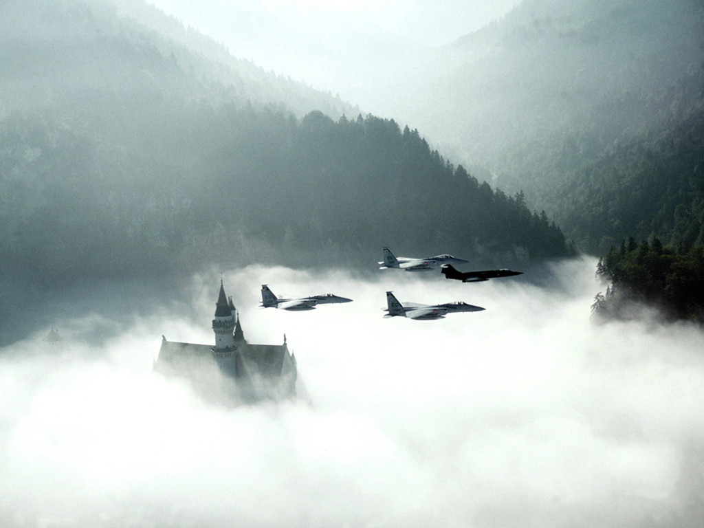 Vehicles Wallpaper: Fighters - Castle