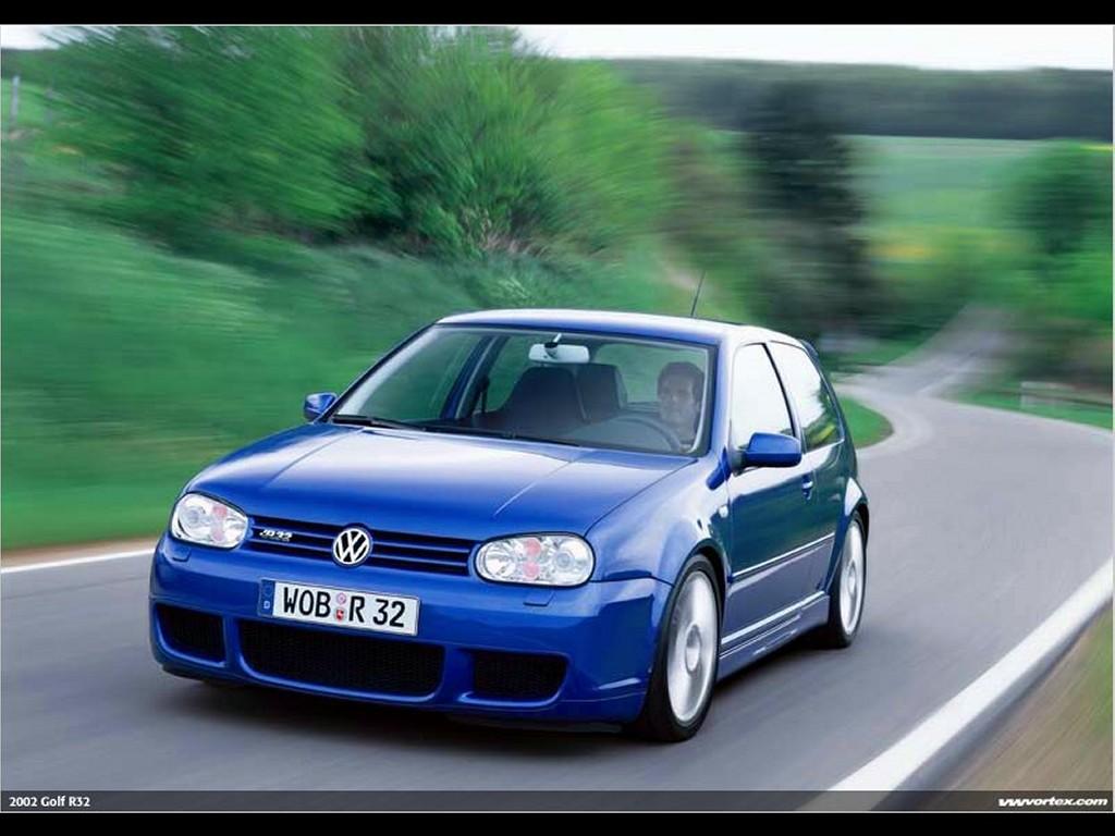 Vehicles Wallpaper: Golf R32