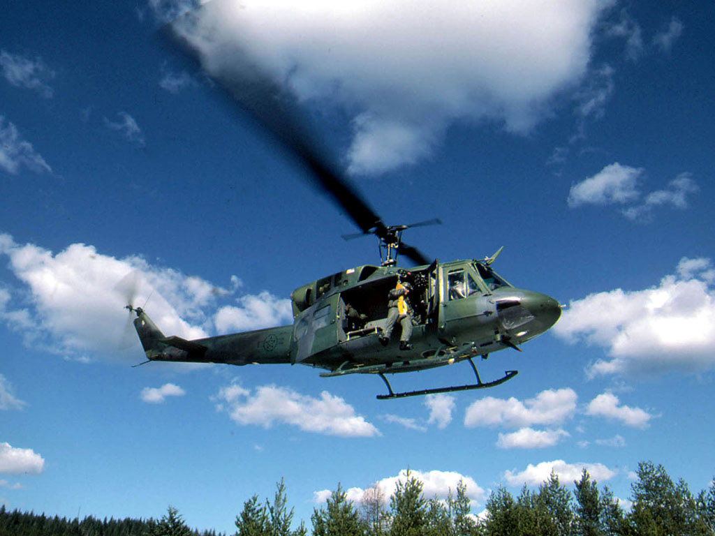 Vehicles Wallpaper: Helicopter - UH-1N